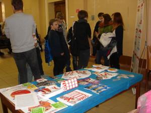 Распространение информационных материалов по профилактике ВИЧ-инфекции